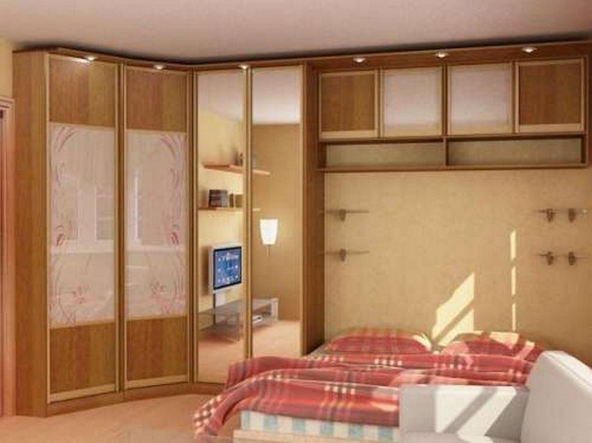 Шкафы в спальню на заказ по индивидуальным размерам в москве.